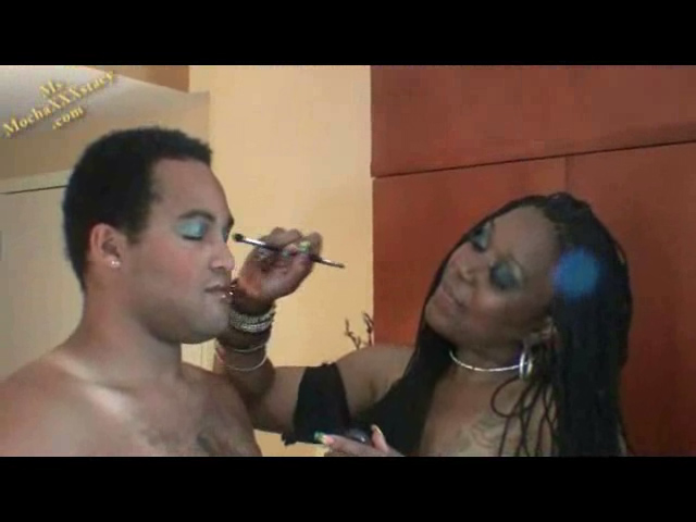 MsMochaxxxstacy has a new sub slave, she in Nikita Blue squirt on his chest